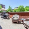 Hampton Inn & Suites Saratoga Springs Downtown- patio
