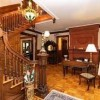 Saratoga Dreams Bed and Breakfast-stairway