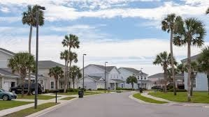Lincoln PPV Family Housing Area- NSA Bethesda palm trees
