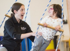 childrens-therapy-unit-swing_l