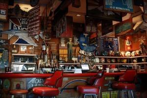 Cubi Bar Cafe01