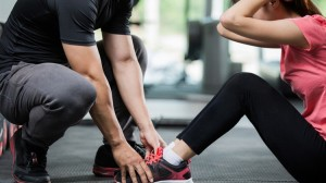 Couples Sit up Fitness in Tacoma, Washington State