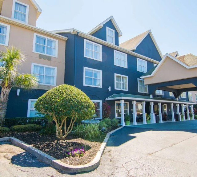 Country Inns and Suites - Jacksonville