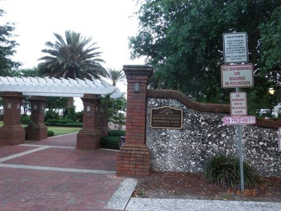 Howard Gilman Waterfront Park