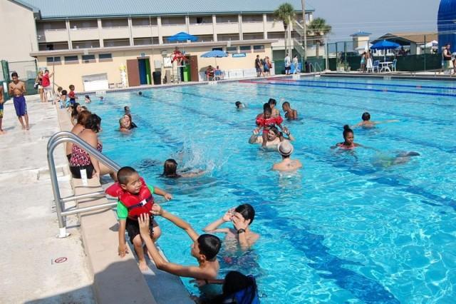 Outdoor Pool - NS Mayport