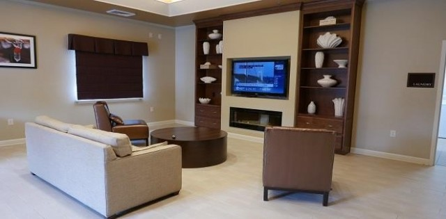 NWS Yorktown Navy Gateway Inns & Suites