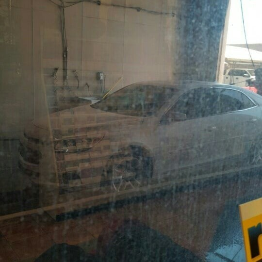 Romeo's Car Wash- MCAS Yuma