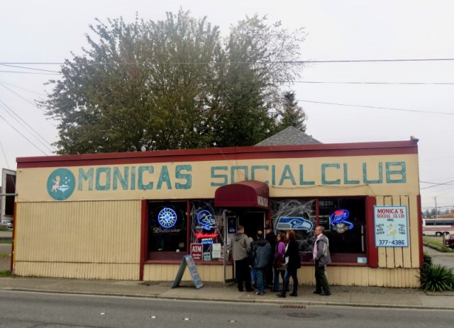 Monica's Social Bar