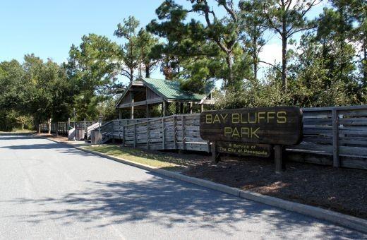 Bay Bluffs Park
