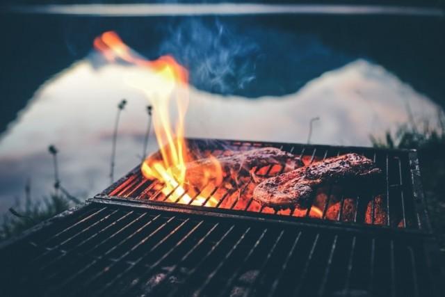 USAG YONGSAN-CASEY - BAMA'S BBQ GRILLE