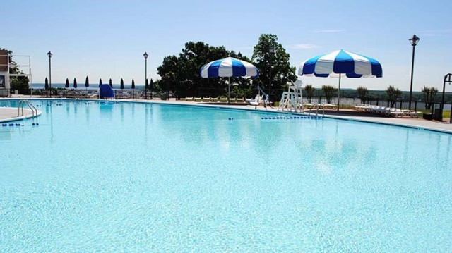 Connolly Outdoor Pool Complex