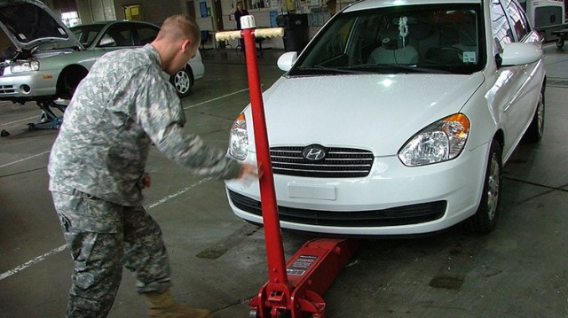 Auto Skills Center  - Joint Base Lewis McChord