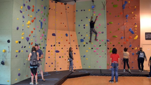 Climbing Walls - Joint Base Lewis McChord