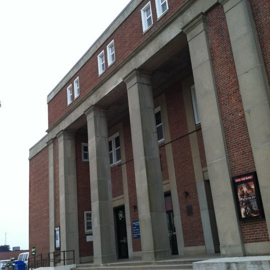 Dealey Center Theater - NSB New London