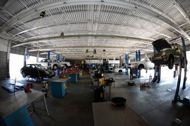 Auto Hobby Shop - MacDill AFB