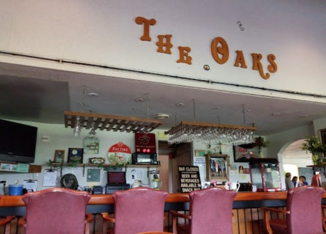 Oaks Restaurant and Lounge - NAS Pensacola
