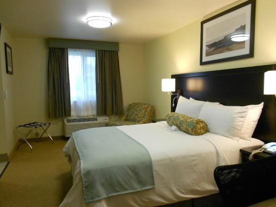 Navy Gateway Inns and Suites NB Point Loma Subase
