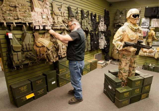 P.I Military Clothing Store - MCRD Parris Island